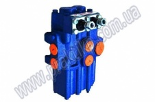 Гидрораспределитель Р80-3/1-44 моноблочный двухрычажный (коммунальная техника)